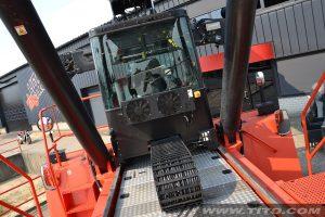 Xích nhựa Igus đỡ cáp Cabin xe nâng container 45 tấn