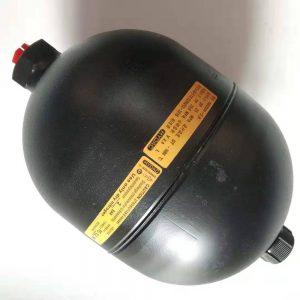 Bình tích áp xe nâng container